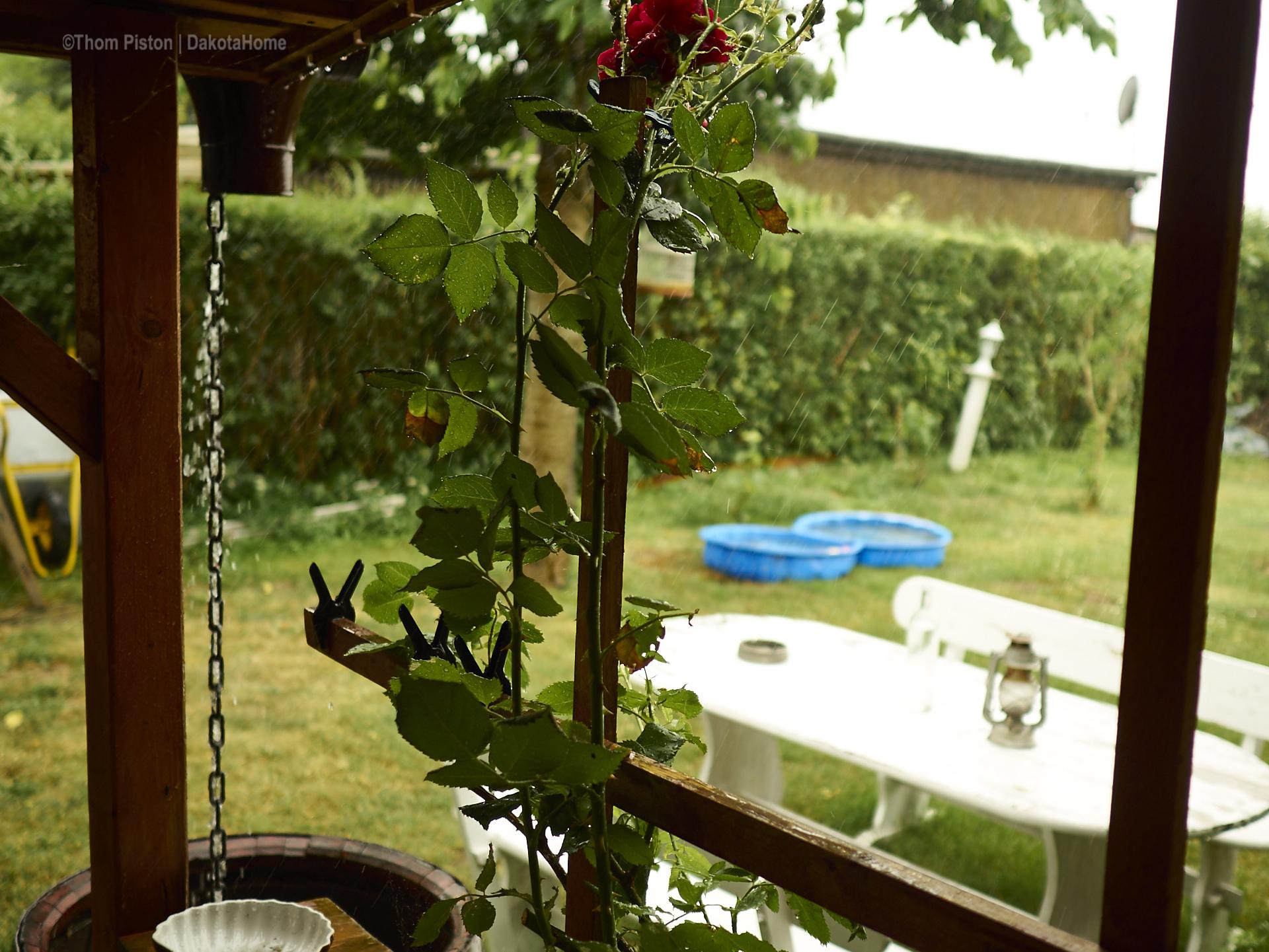 die Wassertonnen im Dakota Home füllen sich