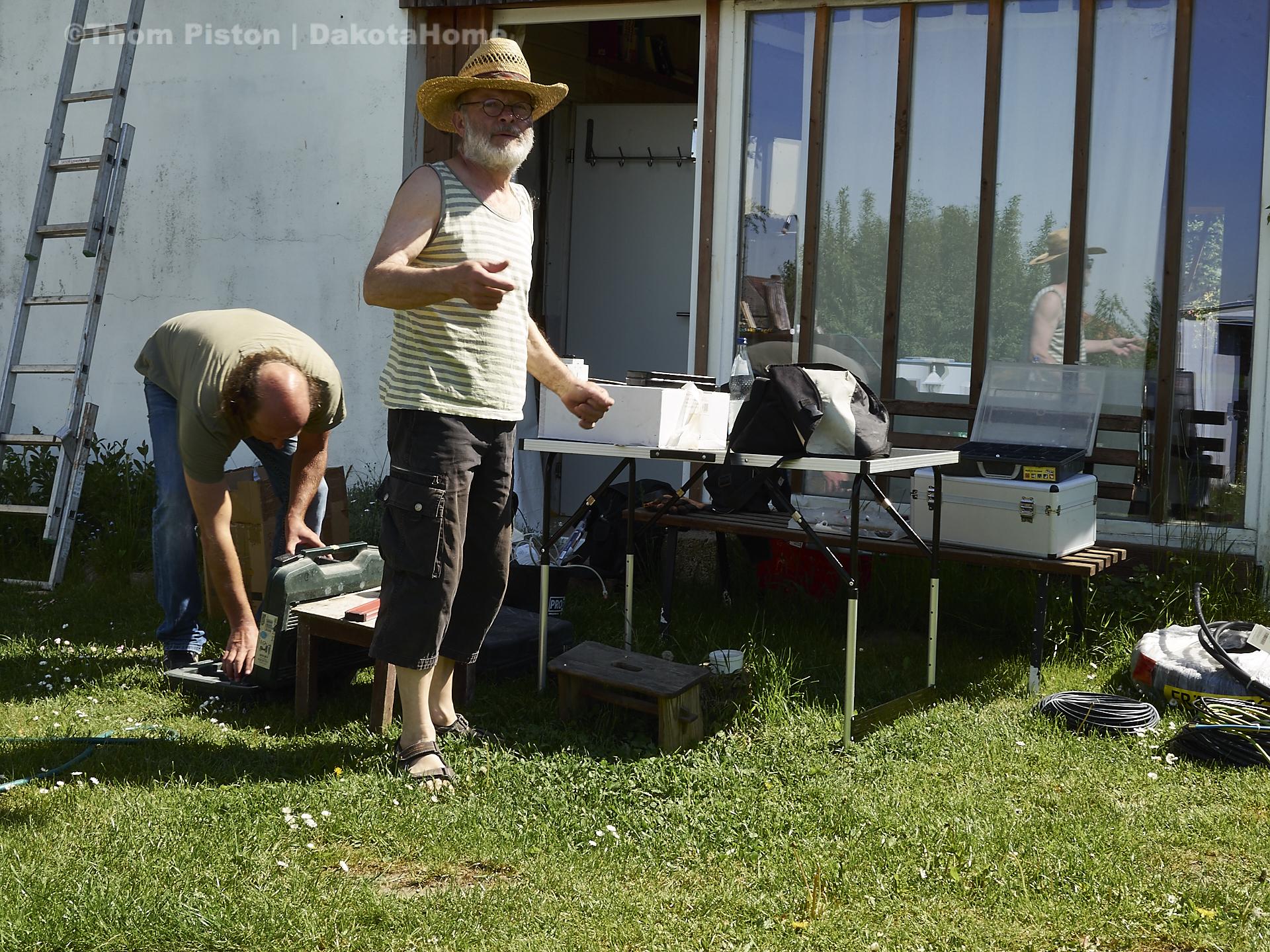 Anschlussarbeiten der Solar Panels am dakota home, natürlich mit bernhard