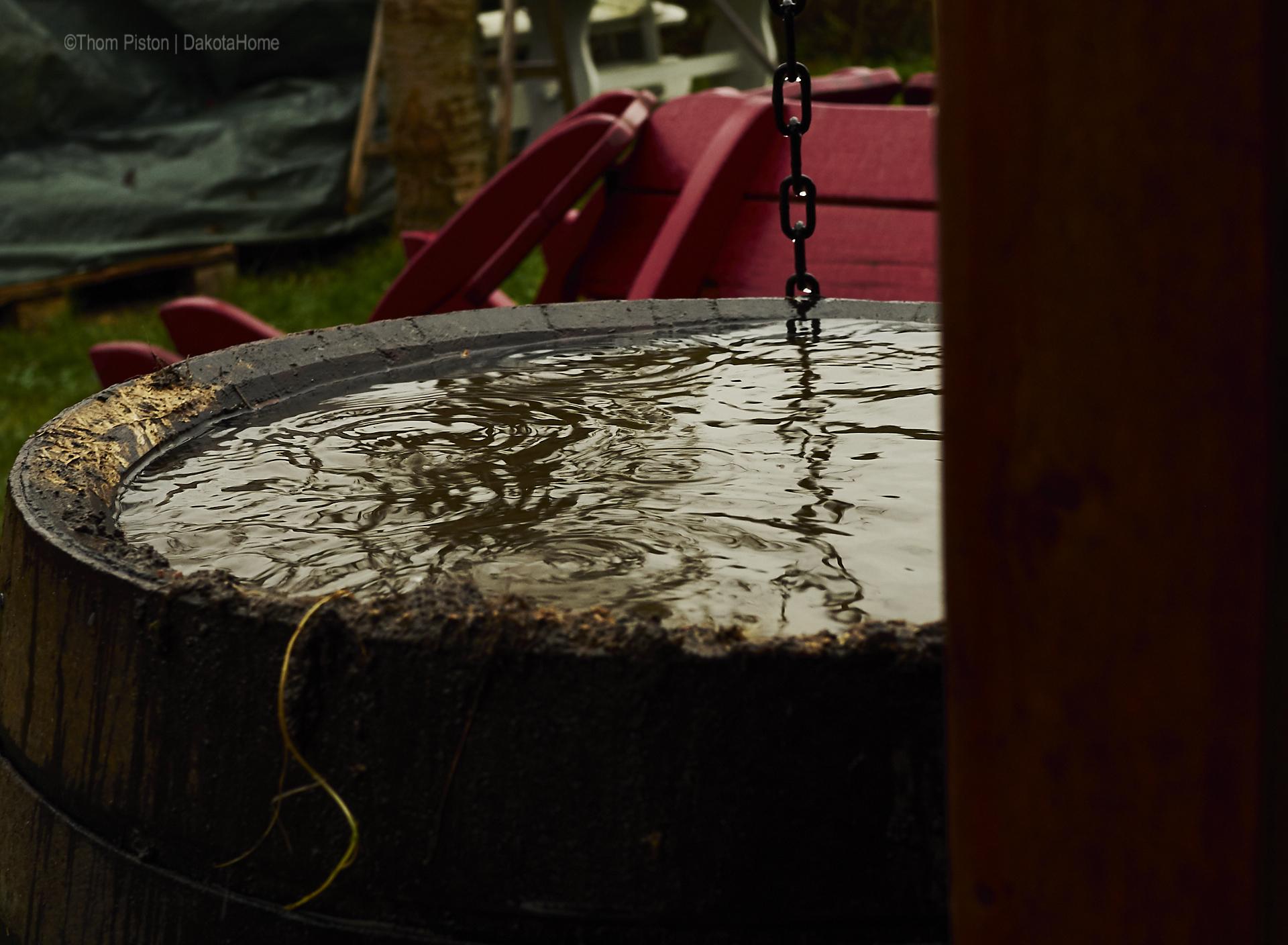 regen und dunkel at dakota home