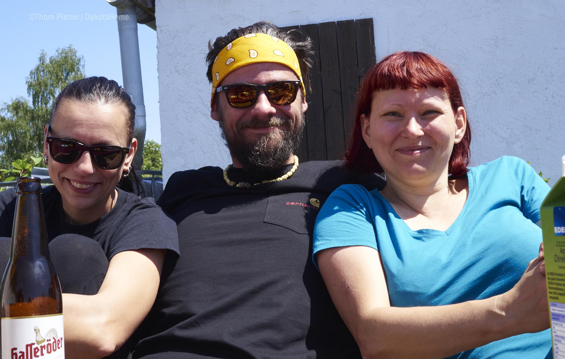 ...wir haben sehr gern, und sehr oft Besuch...Carlchen und Denise sind oft da...Familie..